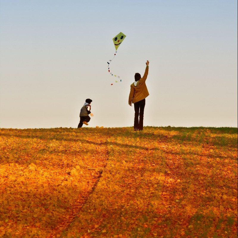 We fly kites in every season.