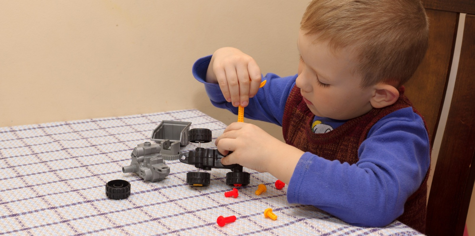 There are simpler model car kits that children can make on their own